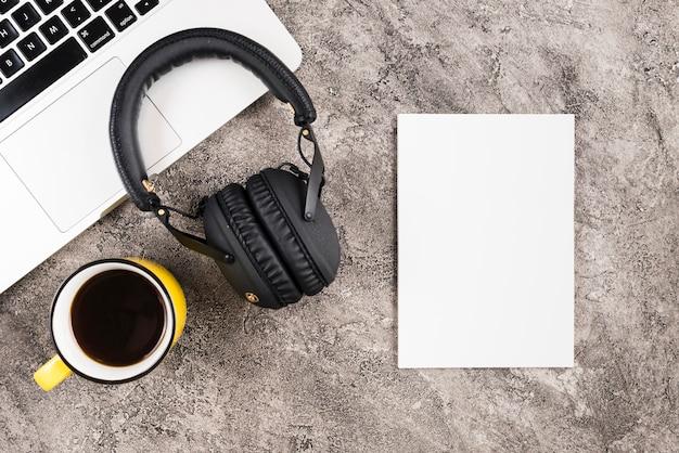 Fones de ouvido Foto gratuita