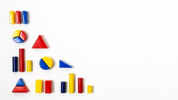 Forma de hierarquia com variedade de gráficos estatísticos Foto gratuita