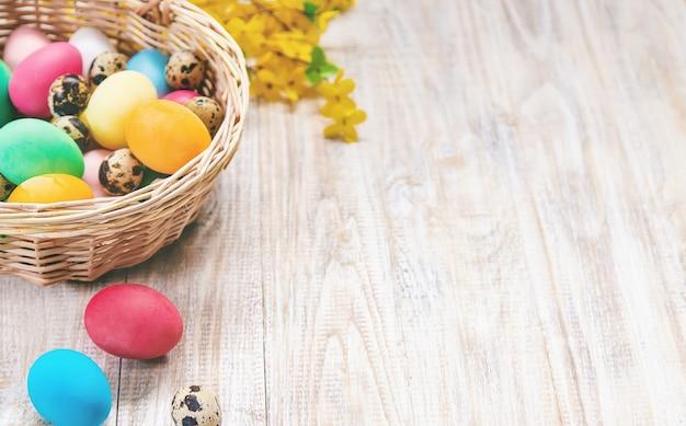 Foto de páscoa. feliz páscoa. foco seletivo de ovos. Foto Premium