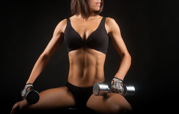 Fotos de estúdio de mulher fitness Foto gratuita