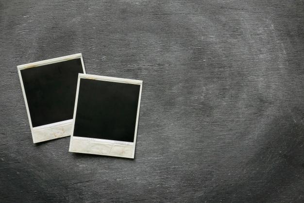 Frame das fotos do polaroid no fundo preto. Foto Premium