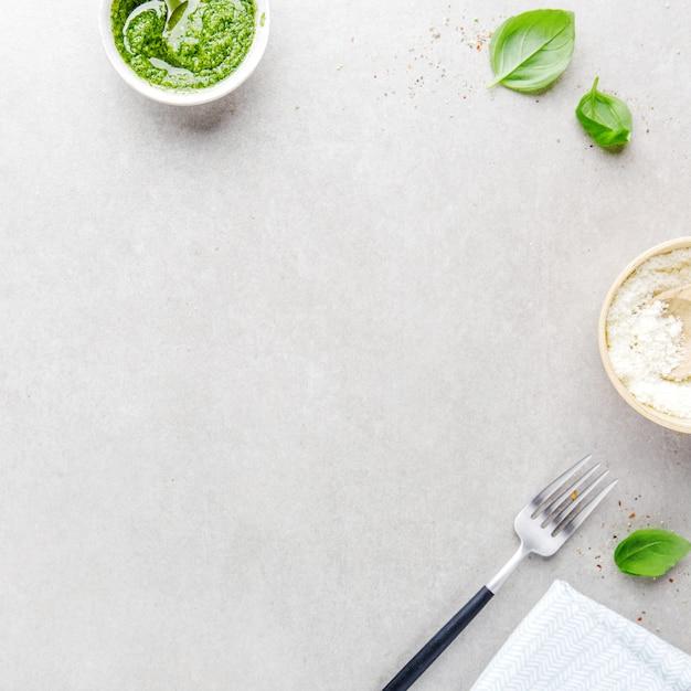 Fundo de comida com ingredientes alimentares italianos Foto gratuita