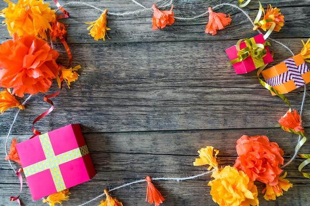 Fundo de festa de aniversário com decoração festiva Foto Premium