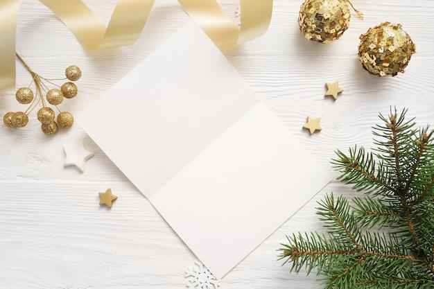 Fundo de natal para cartão folha de papel com copyspace Foto Premium