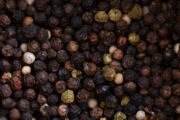 Fundo de pimenta preta seca Foto gratuita
