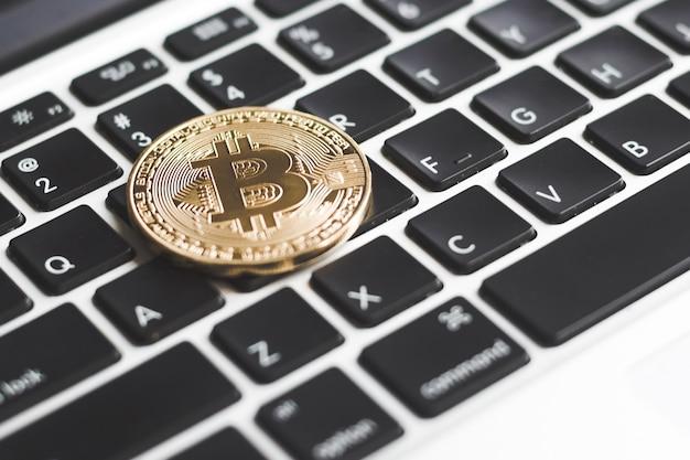 Fundo de tecnologia bitcoin crypto moeda blockchain Foto Premium