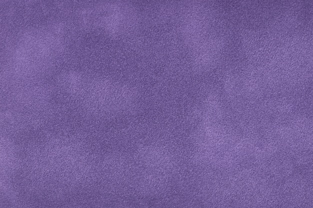 Fundo fosco violeta escuro de tecido de camurça Foto Premium