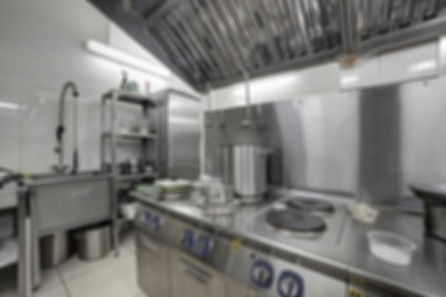 Fundo macio do foco do restaurante da cozinha. Foto Premium