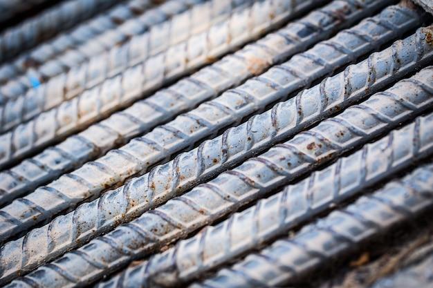 Fundo sólido forte de aço, hastes de aço metal. Foto Premium