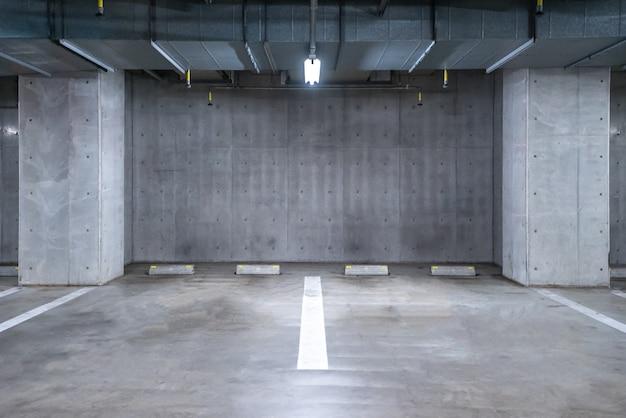 Garagem subterrânea Foto Premium