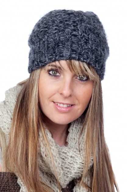 Garota atraente com gorro de lã e cachecol Foto Premium 94e823ecb56