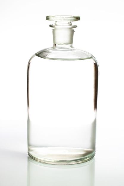Garrafa de weter limpo isolado Foto Premium