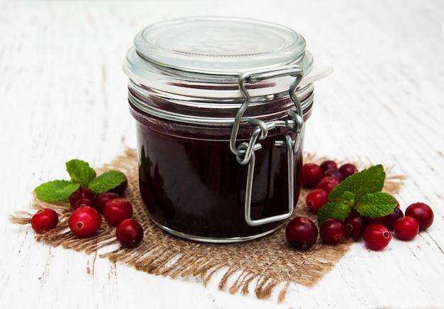 Geléia de amora com frutas frescas Foto Premium