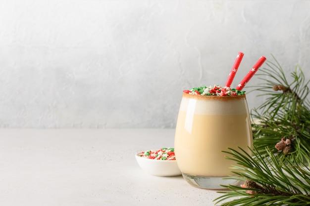 Gemada festiva de natal com granulado Foto Premium