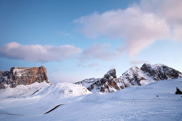 Giau pass na temporada de inverno Foto Premium
