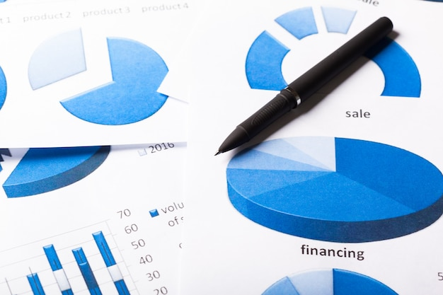 Gráficos de negócios azul Foto Premium