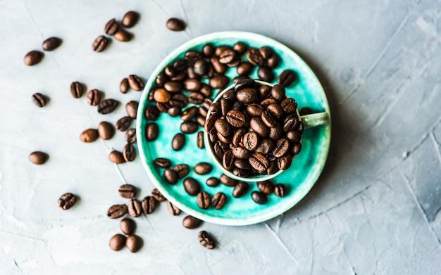 Grãos de café crus Foto Premium