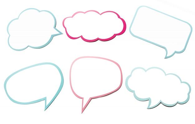 Grupo colorido de bolha diferente do discurso como uma nuvem isolada no fundo branco vazio. Foto Premium