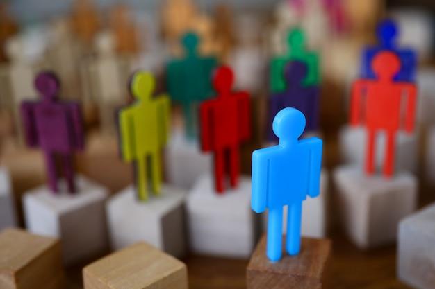 Grupo multi-coloridas silhuetas pessoas de negócios reunião de trabalho em equipe Foto Premium