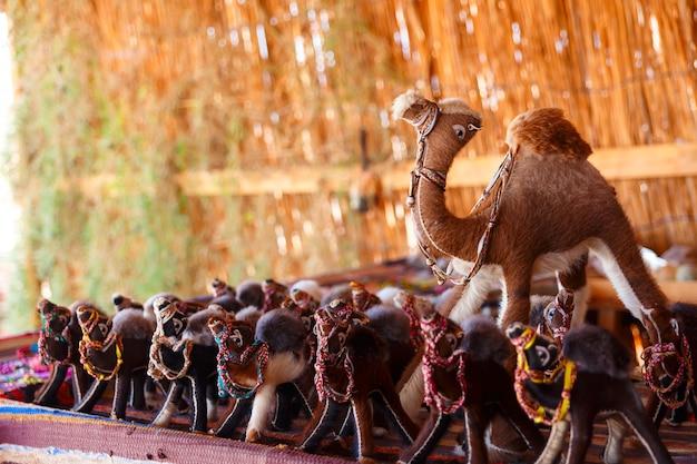 Handmade beduínos do sinai grânulos e braceletes Foto Premium