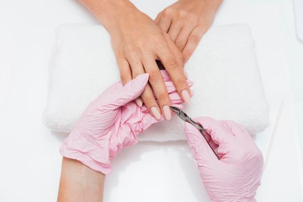 Higiene das unhas e cuidados no pano Foto gratuita