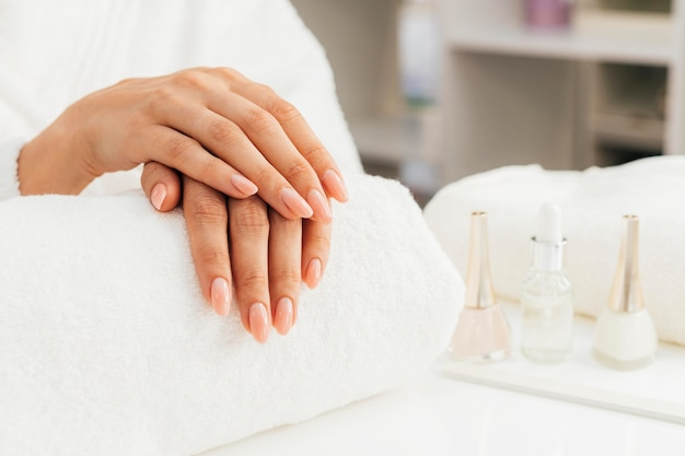 Higiene e cuidados com as unhas Foto gratuita