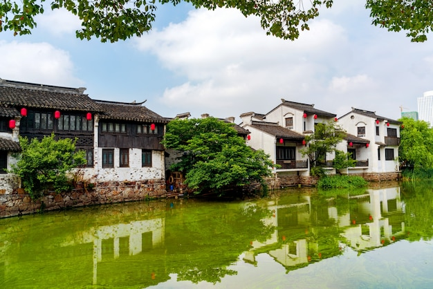 Histórico pitoresco cidade velha wuzhen, china Foto Premium
