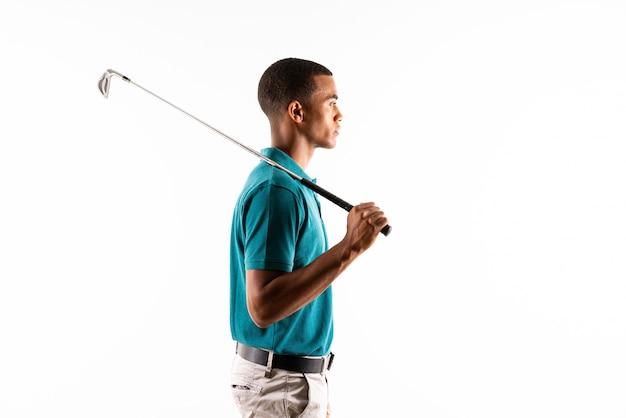 Homem de jogador de golfe afro-americano Foto Premium