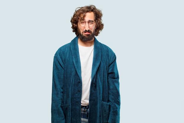 Homem jovem, desgastar, bathrobe, noite, paleto, triste, pose Foto Premium