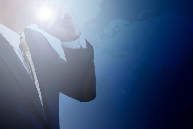 Homem negócios, telefone Foto gratuita