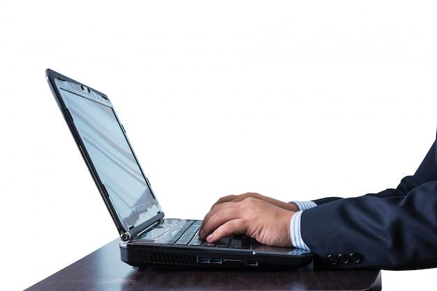 Homem negócios, trabalhando, em, caderno, ligado, tabela madeira Foto Premium
