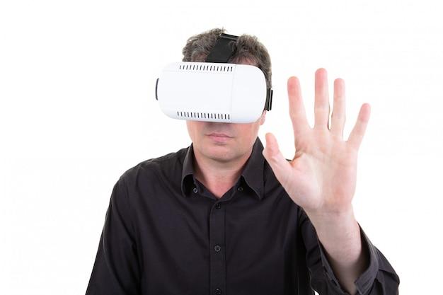 Homem, vr, retrato, homem negócios, em, realidade virtual, 3d, óculos Foto Premium