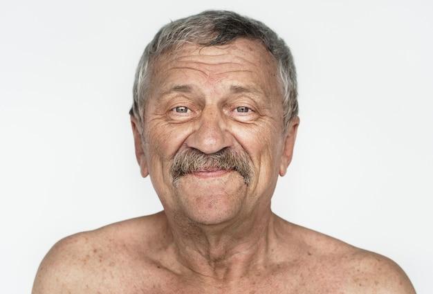 Homem worldface-americano em um fundo branco Foto gratuita