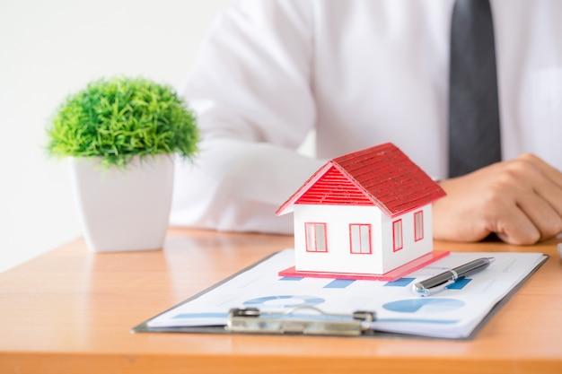 Idéias para imóveis, mudança de casas ou aluguel de imóveis. Foto gratuita