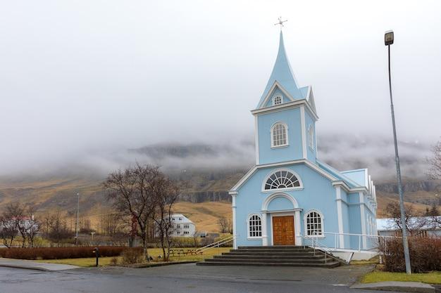 Igreja seydisfjordur Foto Premium