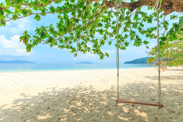 Ilha de bruer, incrível ilha do sul de mianmar Foto Premium