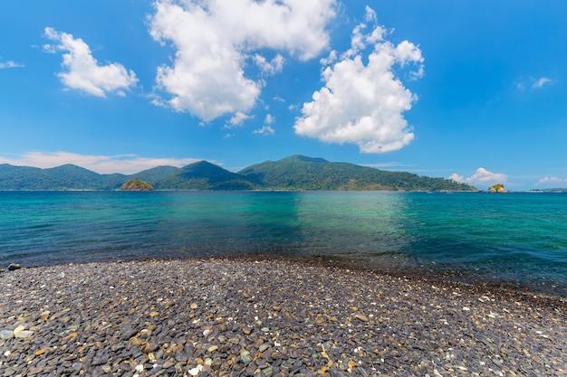Ilha tropical, hin ngam, ilha, satun, província, tailandia Foto Premium
