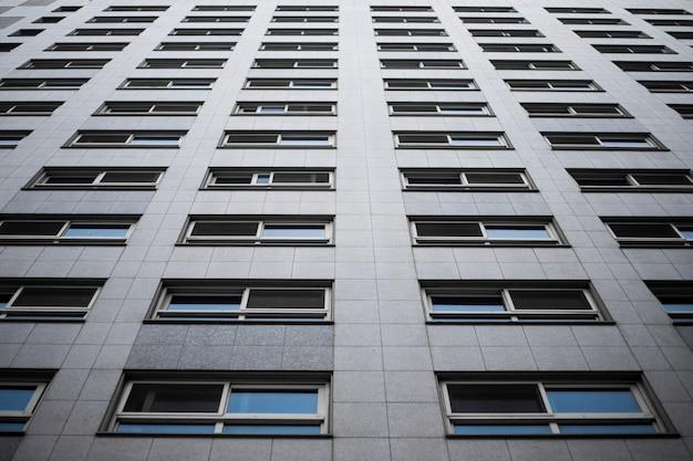 Imagem abstrata de um edifício preto e branco Foto Premium