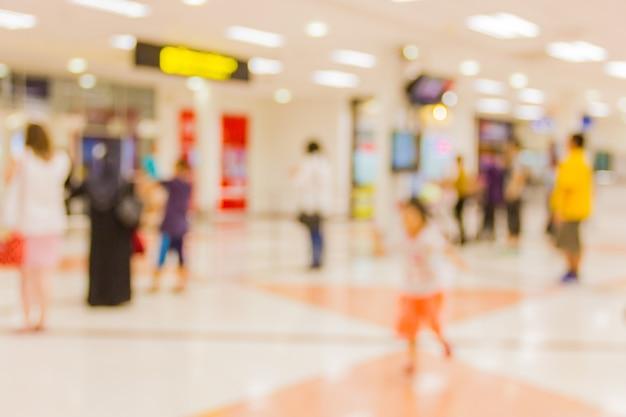 Imagem desfocada na saída do avião. Foto Premium
