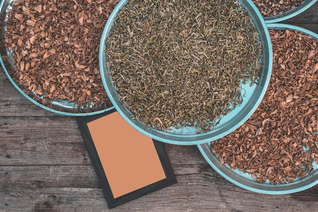 Ingredientes crus para fazer comida Foto Premium