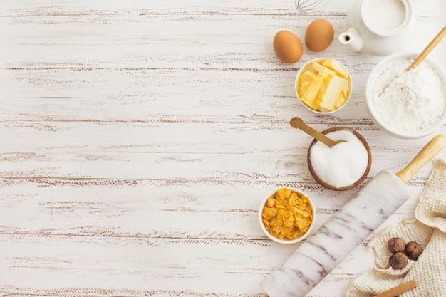 Ingredientes de preparação de pastelaria Foto gratuita