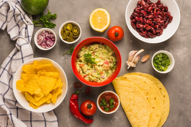 Ingredientes mexicanos Foto gratuita