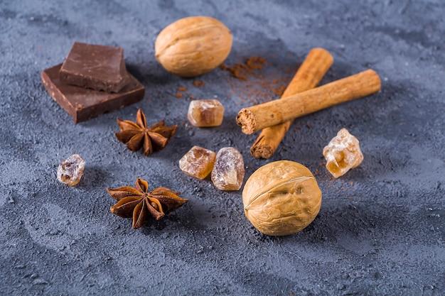 Ingredientes para fazer o natal cozido Foto Premium