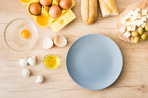 Ingredientes para o café da manhã Foto gratuita