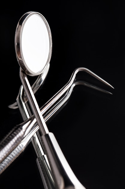 Instrumentos para dentistas Foto gratuita