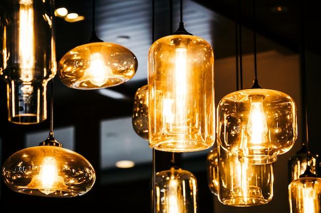 Interior de decoração de bulbo de lâmpada luz bonita da sala Foto gratuita