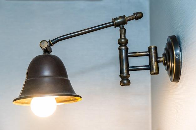 Interior de decoração de luz lâmpada vintage lindo Foto gratuita