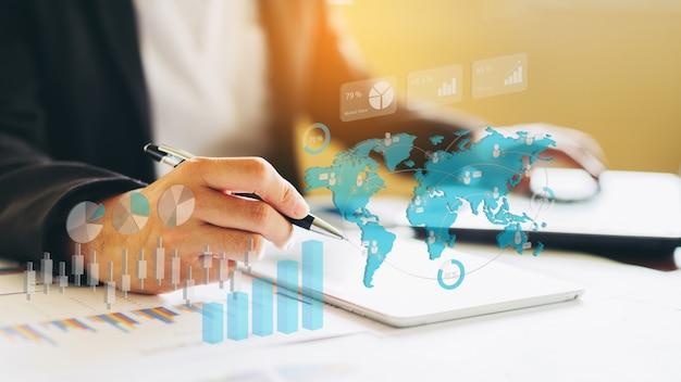 Investimento do homem de negócios que analisa o relatório financeiro da empresa. ilustração 3d. Foto Premium