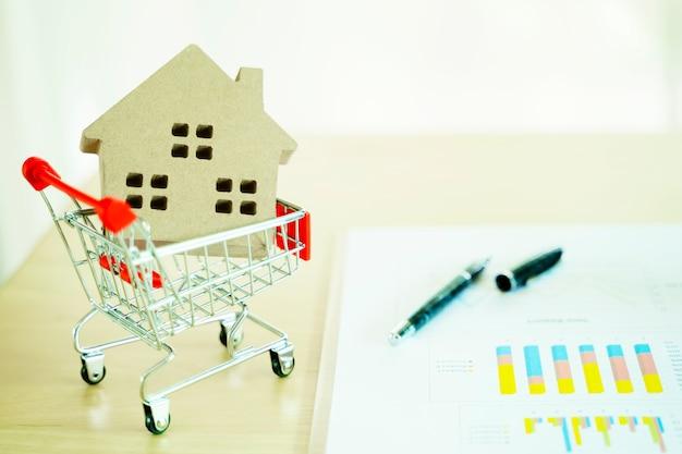 Investimento imobiliário e conceito financeiro hipoteca da casa Foto Premium