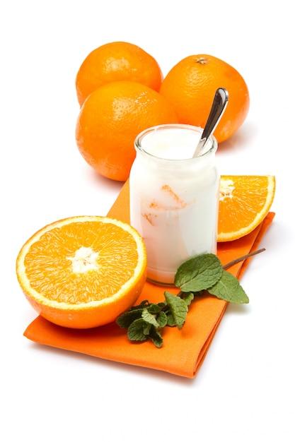 Iogurte com laranja Foto Premium